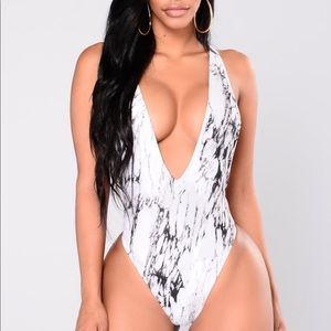 NEW! Marble Deep V Swimsuit